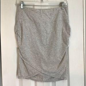 Athleta Kickback Ruched Grey Skirt Small
